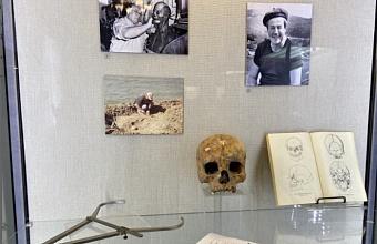 На выставке в Краснодаре представили экспонаты из древних погребальных сооружений