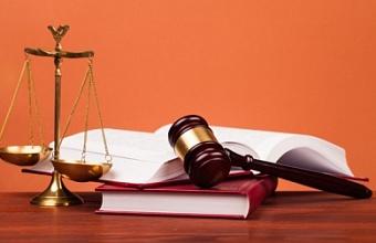 В Адыгее на 3 года осудили мужчину за хранение наркотиков и дачу взятки