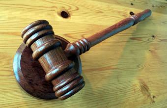 В Краснодаре суд вынес приговор подростку, избившему женщину битой